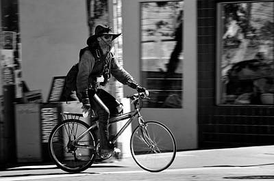 Photograph - A Barefoot Cyclist With Beard And Hat In San Francisco by RicardMN Photography