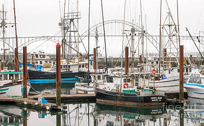Photograph - A Beautiful Day In Newport Oregon by Margaret Hood