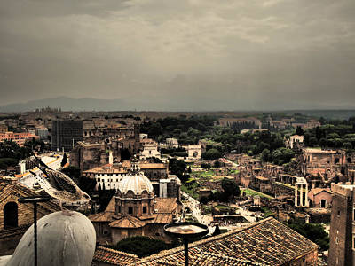 Maravilla Photograph - A Bird View by Giorgio Lumaconi