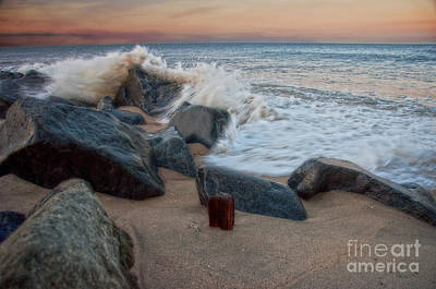 Photograph - A Bit Of A Splash by Debra Fedchin