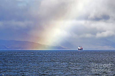 Go For Gold - A Boat and the Rainbow by Elvis Vaughn