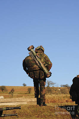 A British Soldier Carrying A Matador Art Print by Andrew Chittock