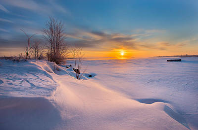 Blend Photograph - A Celebration Of Snow by Dustin Abbott