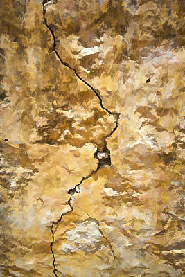 Photograph - A Crack In The Wall by David Letts