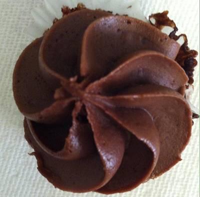 Photograph - A Cupcake For You by Alohi Fujimoto