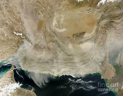 Ocean Of Emptiness Photograph - A Dust Storm Stretching From The Coast by Stocktrek Images