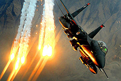 Photograph - A F-15e Launching Heat Decoys by Celestial Images