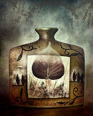 Photograph - A Favorite Vase by Ellen Heaverlo