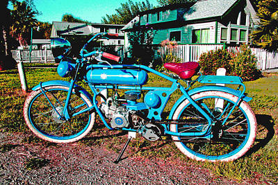 Photograph - A Fine Vintage Ride by Joseph Coulombe