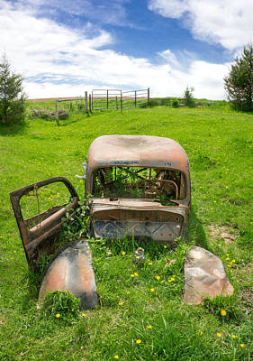 Rusty Car Photograph - A Ford In A Field by Jim Hughes