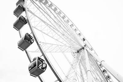 Photograph - A Great Wheel by Ronda Broatch
