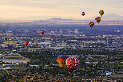Photograph - A Hot Air Ride To Albuquerque by Daniel Woodrum
