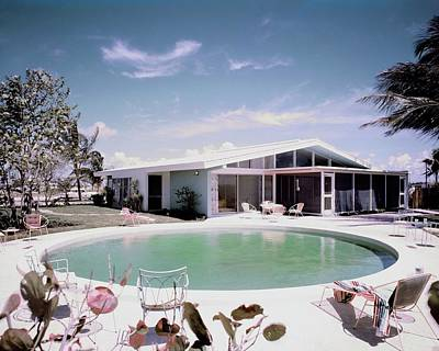 1955 Photograph - A House In Miami by Tom Leonard