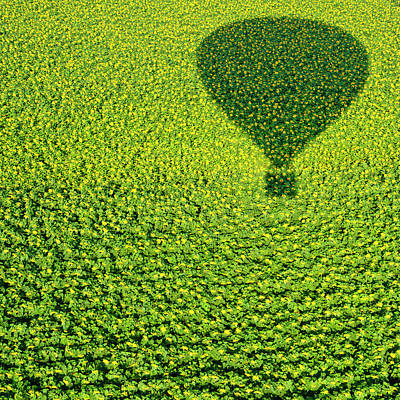 Hot Air Balloon Photograph - A Hundred Million Suns by Avi Revivo