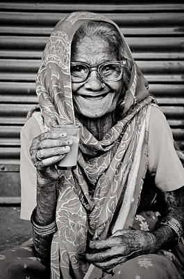 Photograph - A Lady And Her Chai IIi by Valerie Rosen