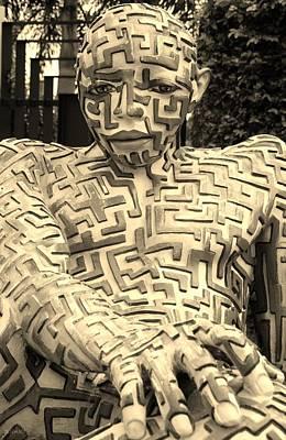 Studio Grafika Zodiac - A Maze Ing Man 2 Sepia by Rob Hans