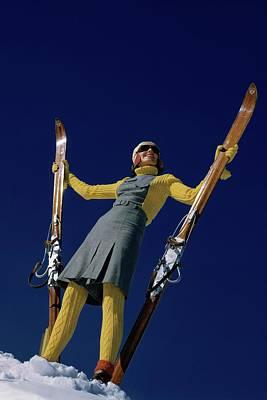 Knitted Dress Photograph - A Model In A Ski Suit by Toni Frissell