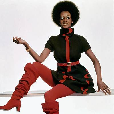 Fontaine Photograph - A Model Wearing A Bill Blass Dress by Gianni Penati