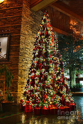 Lady Bug - A Pechanga Christmas by Tommy Anderson