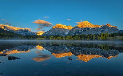 Rockies Wall Art - Photograph - A Perfect Morning In Canadian Rockies by Michael Zheng