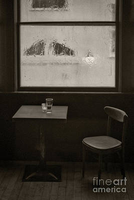 Discount Codes Wall Art - Photograph - A Pint Of Beer On A Rainy Day by Doc Braham