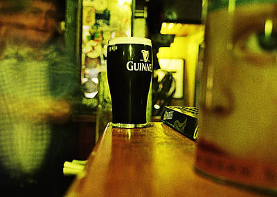 Photograph - A Pint by Tony Reddington
