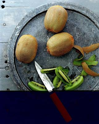 Kiwi Fruit Photograph - A Plate Of Kiwifuit by Romulo Yanes