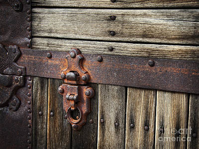 Photograph - A Rusty Bit Of Metal by Lee Craig