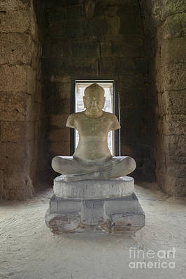 A Sandstone Copy Of The Jayavarman Vii Statue  Art Print
