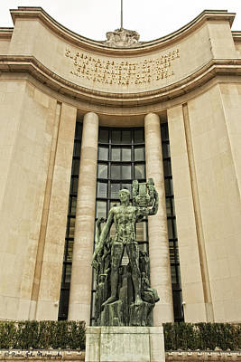 Photograph - A Sculpture From Place Du Trocadero  by Hany J