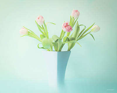 Photograph - A Simple Bouquet by Theresa Tahara