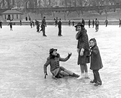 Photograph - A Spill On The Ice In Central Park by Underwood Archives