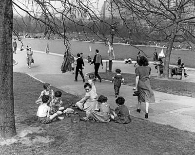 White City Park Photograph - A Spring Day In Central Park by Underwood Archives