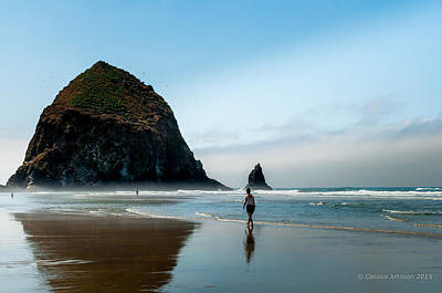 A Stroll At Cannon Beach Oregon Art Print