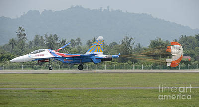 Sukhoi Photograph - A Sukhoi Su-27 Flanker Of The Russian by Remo Guidi