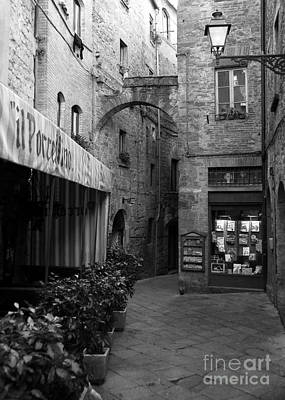 Trattoria Photograph - A Town In Tuscany Bw by Mel Steinhauer