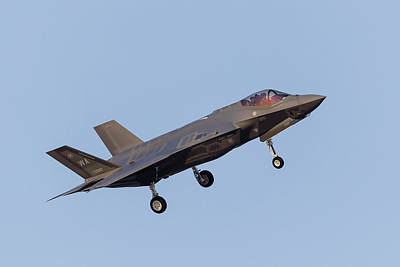 Joint Strike Fighter Photograph - A U.s. Air Force F-35a Lightning II by Rob Edgcumbe
