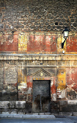 Teruel Photograph - A Wall In Decay by RicardMN Photography