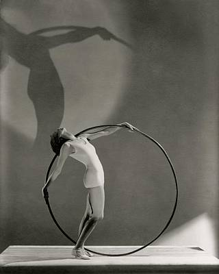 Hula Photograph - A Woman Posing With A Hula Hoop by George Hoyningen-Huene