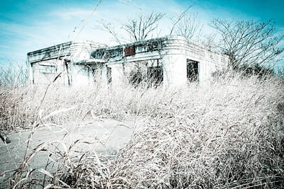 Photograph - Abandoned by Audreen Gieger