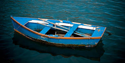 Small Boat Photograph - Abandoned Boat by Frank Tschakert
