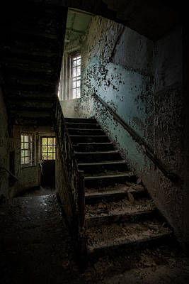 Abandoned Building - Haunting Images - Stairwell In Building 138 Art Print by Gary Heller