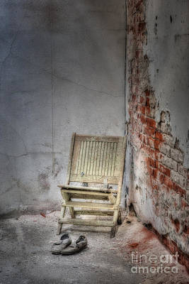 Photograph - Abandoned But Not Forgotten by Susan Candelario