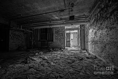 Abandoned Bw Original
