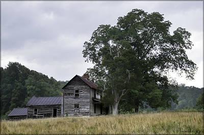 Abandoned House Photograph - Abandoned Farm House by Thomas Silver