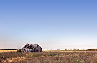 Abandoned Farmhouse In A Field Art Print
