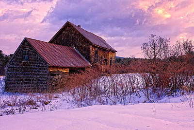 Abandoned Farmhouse Winter Art Print by Jeff Sinon