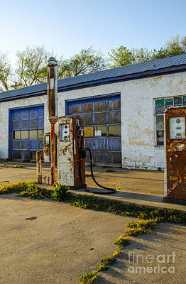 Photograph - Abandoned Filling Station And Garage In Mclean Texas by Deborah Smolinske