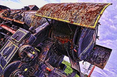 Photograph - Abandoned Giant by Graham Hawcroft pixsellpix