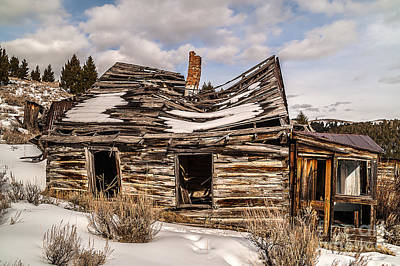 Photograph - Abandoned Home Or Business by Sue Smith